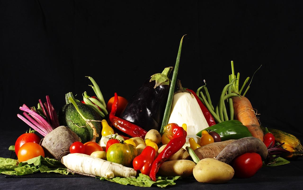 Insieme di verdure di stagione