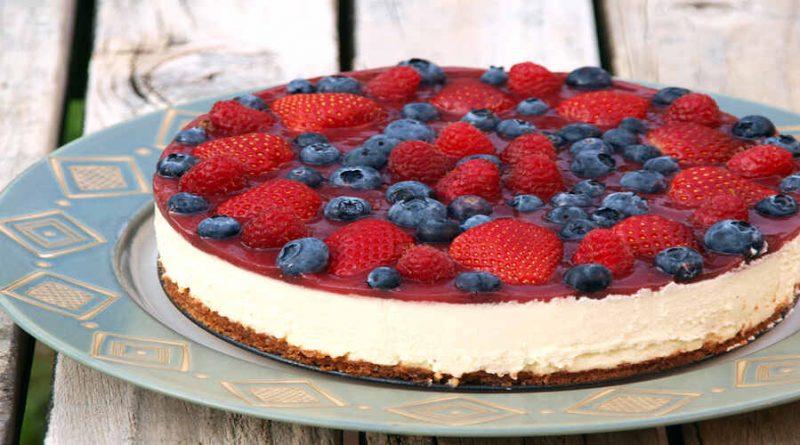 Cheesecake light ai frutti di bosco